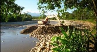 Dragado, canalización y construcción de dique